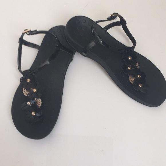 ba713dd209a Vionic women Julie black t strap sandals 8. M 5b4a0ae1534ef973c29acc43